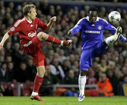 Liga dos Campeões: chuva de golos (4-4) e Chelsea nas meias
