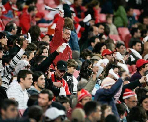 Benfica: uma dezena de jogos consecutivos a sofrer