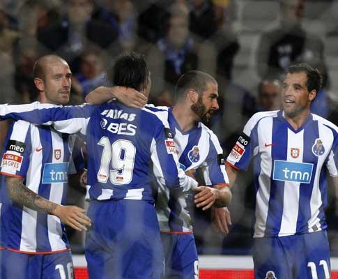 F.C. Porto anuncia torneio em Angola, presidente finta Jesualdo