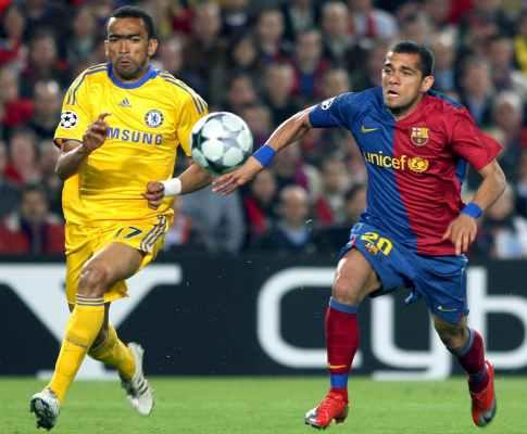 Barcelona-Chelsea: muralha de Hiddink trava «Barça-show»