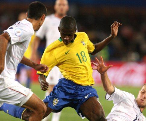 Ramires quer o Mundial: «Estou ansioso pela lista final»