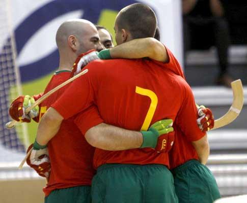 Hóquei: Portugal vence por 9-1 e lidera Europeu!