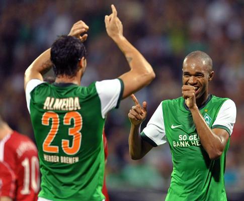 Alemanha: Hugo Almeida e Werder Bremen ganham perto do fim