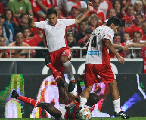F.C. Porto: San Lorenzo à espera de Nelson Benítez