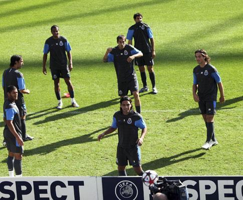 F.C. Porto: três jogadores ainda limitados a dois dias do Benfica