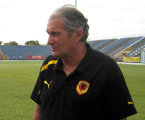 Manuel José fora do Al Ittihad: «Cheguei no momento errado»