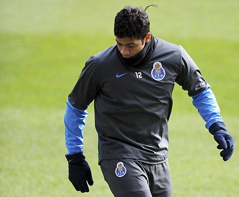 Belenenses-F.C. Porto (equipas): regresso de Hulk confirmado