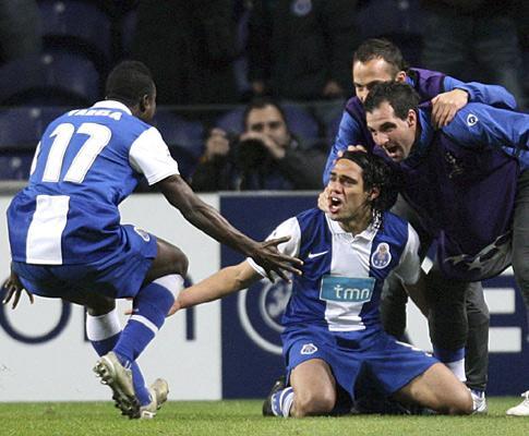 F.C. Porto perde extremos e «Fucile é a solução». Concorda?