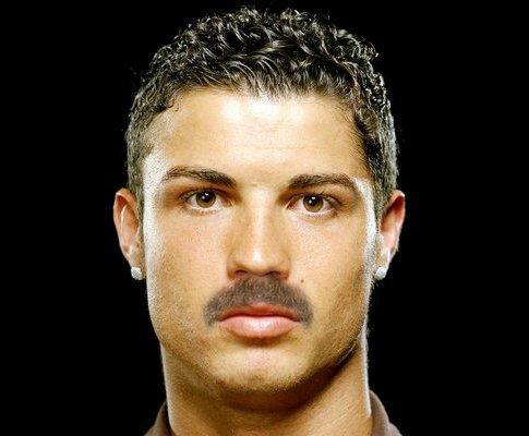 Portugal: um país, uma selecção...vários bigodes!