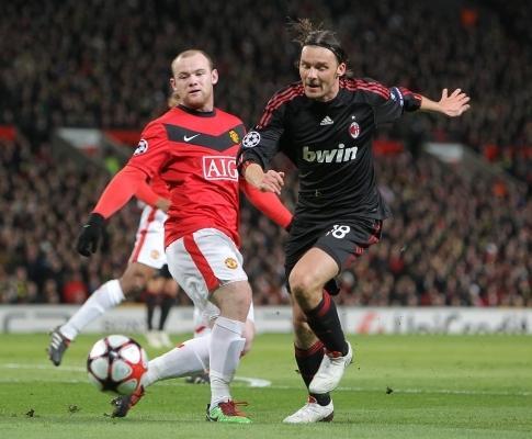 Man.Utd: Rooney feliz por ter chegado à fasquia dos 30 golos