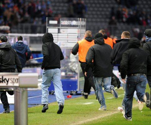 Alemanha: Hertha paga 50 mil euros por invasão de campo