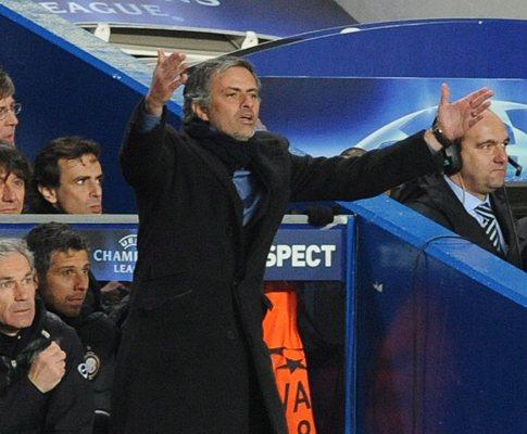 Itália: Mourinho mantém «blackout» como forma de protesto