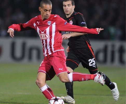 Liga dos Campeões: Bordéus junta-se ao Lyon nos «quartos»