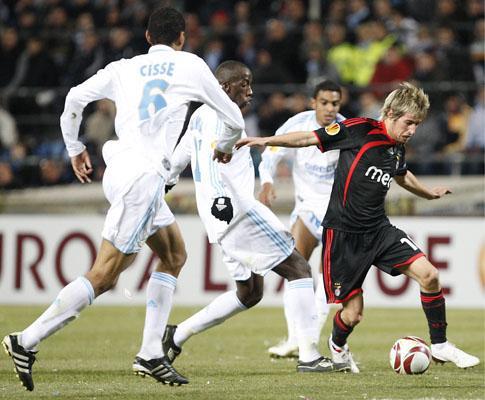 Liga Europa: Marselha-Benfica, 1-2 (crónica)