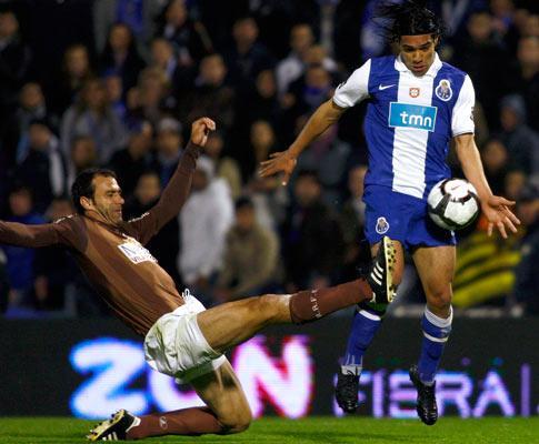 F.C. Porto: jogadores em silêncio e sem direito a folgas