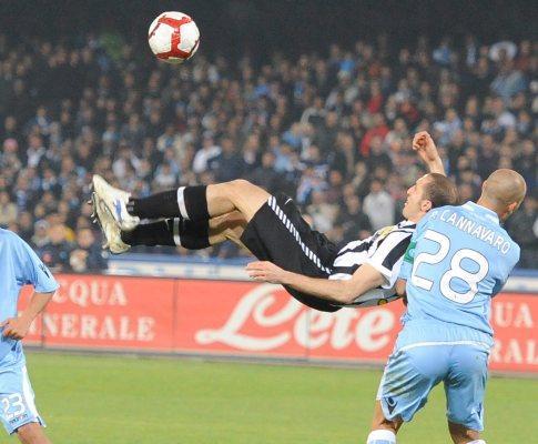 Itália: Juventus entra a ganhar mas perde 3-1 em Nápoles