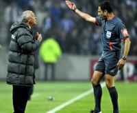 Jesualdo Ferreira expulso pelo segundo jogo consecutivo