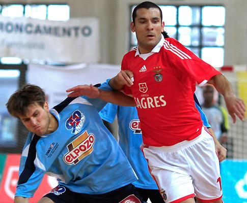 d8f45e6476 Agora resta-nos ganhar mais um jogo em casa dos rivais para sermos os  campeões e vingarmos a derrota na final da Taça de Portugal.