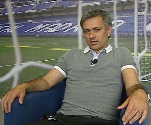 Mourinho protege Ronaldo e manda recado a Simão
