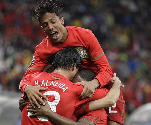 Portugal-Coreia do Norte, 7-0 (crónica)