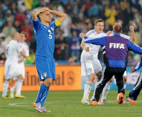 Cannavaro está sob investigação do fisco italiano