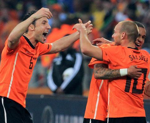 Mundial: Alemanha nas meias-finais, para variar