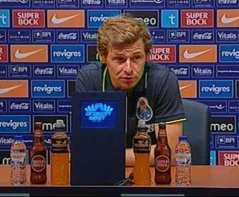 F.C. Porto: Villas-Boas quer «ganhar os dois jogos» com o Genk