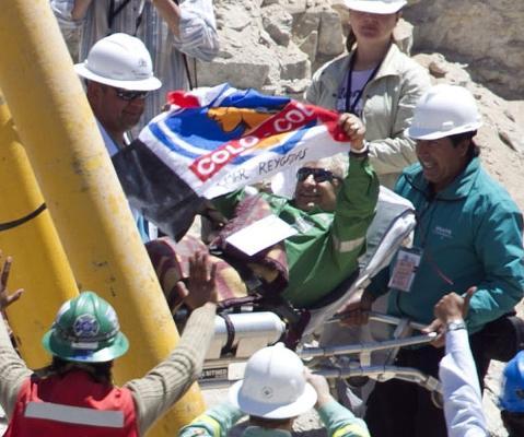 Um dos mineiros salvos