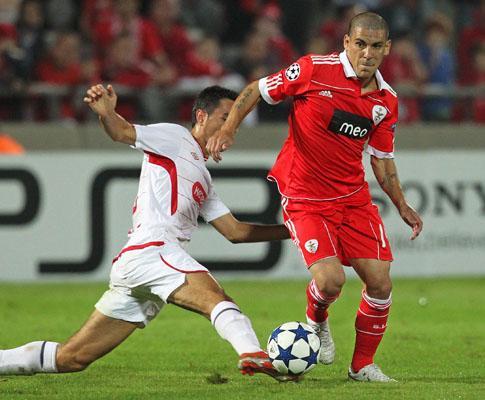 Champions: Hapoel-Benfica, 3-0 (crónica)