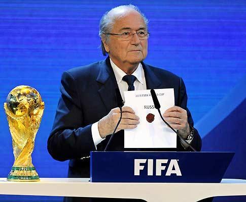 Blatter admite que a escolha do Qatar para 2022 «foi um erro»