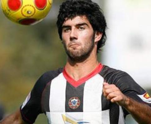 André André (ex-F.C. Porto) regressa ao Varzim