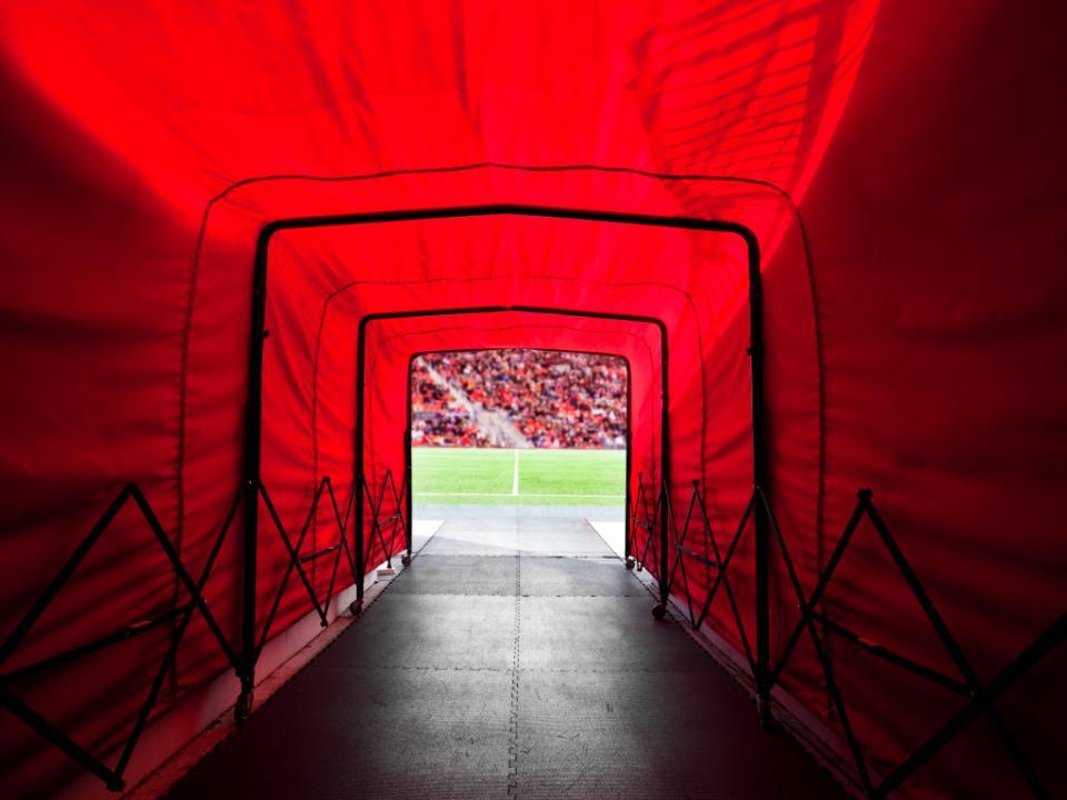 Apostas: avançado do Blackburn Rovers entre os seis detidos no domingo