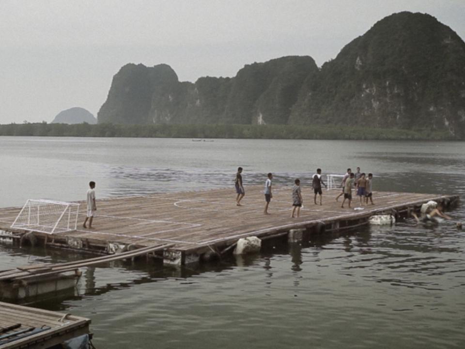 Futebol sobre as águas: a incrível história do Panyee FC