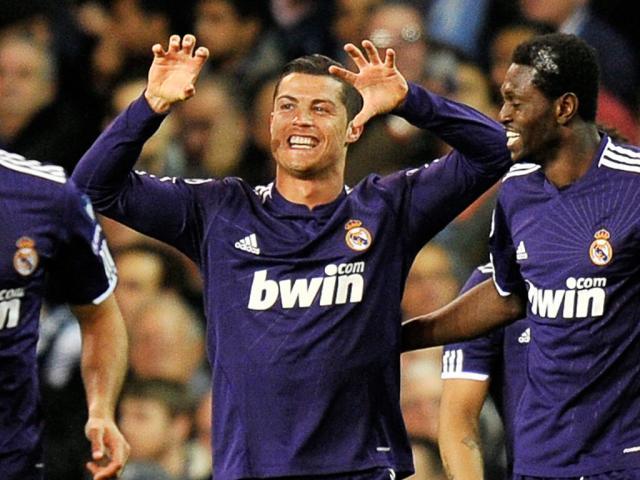 Ronaldo festeja golo frente ao Tottenham