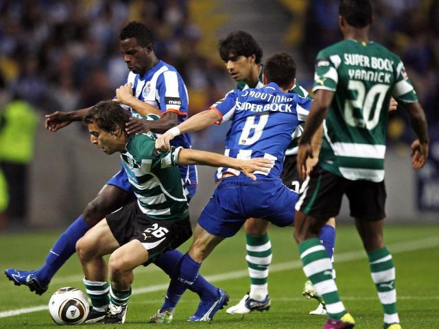 F.C. Porto vs Sporting (EPA/José Coelho)