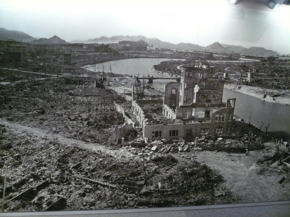Hiroshima: pouco futebol numa cidade em cinzas