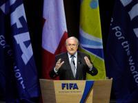 Blatter critica Euro 2020 e mistura Platini com Kadhafi