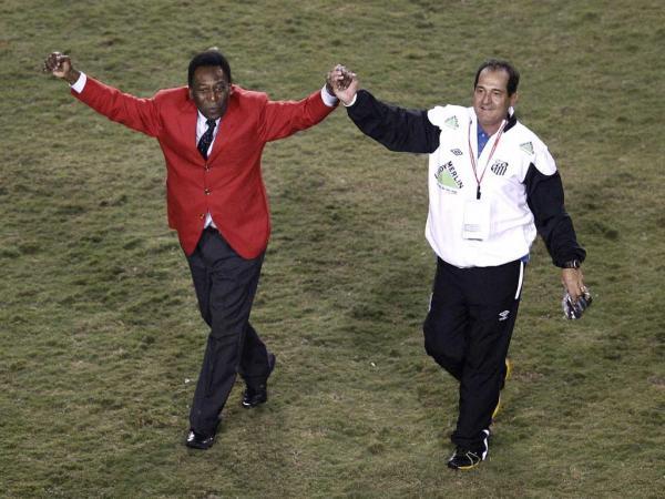 Muricy Ramalho deixa o comando do Santos