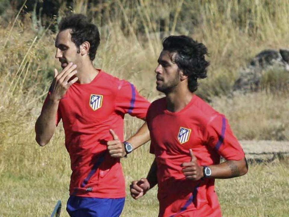 Atlético Madrid renova com Juanfran até 2017