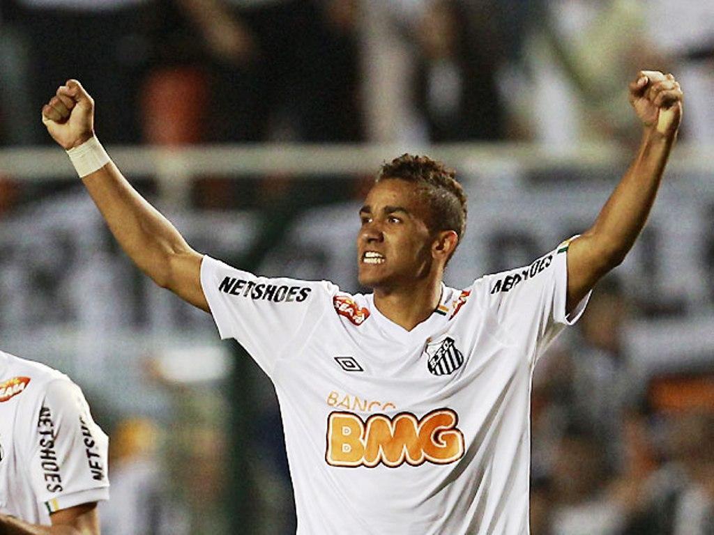 OFICIAL: Danilo no FC Porto por 13 milhões