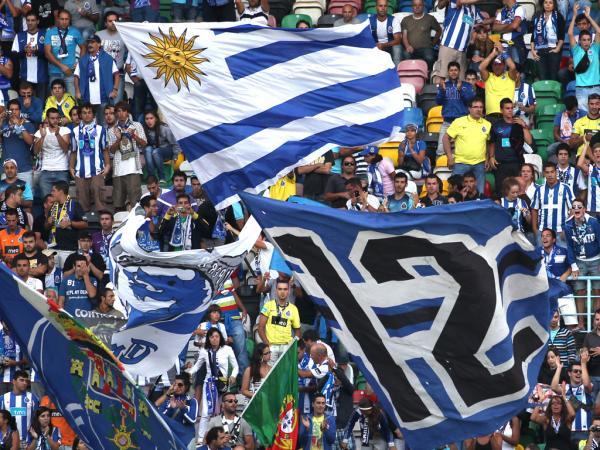 FC Porto: adeptos juntam-se na Plaza Mayor