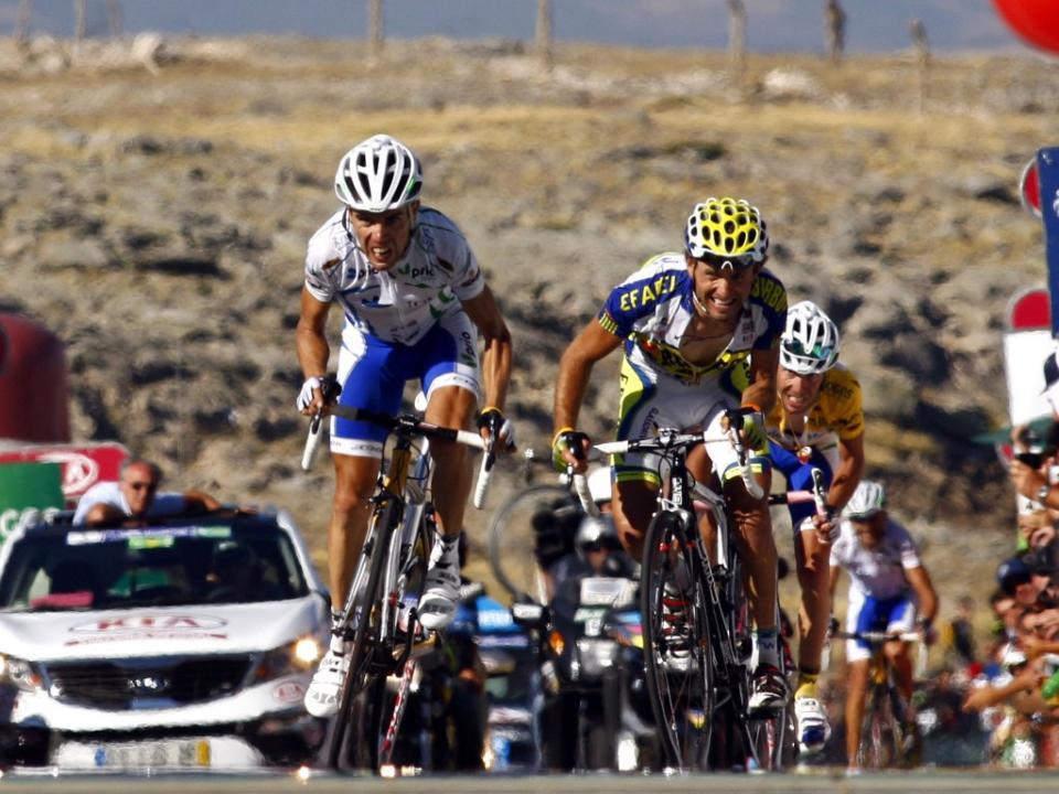 Vuelta: Ratto vence, Basso desiste por hipotermia