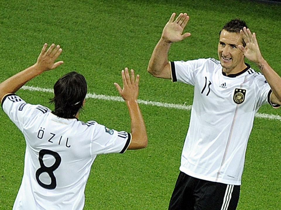Miroslav Klose como Gerd Muller: «Comparação ridícula»