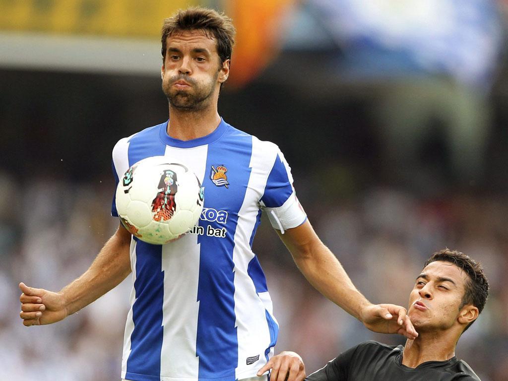 OFICIAL: Xabi Prieto renova com a Real Sociedad