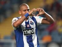 F.C. Porto: Souza abre vaga para o regresso de Walter