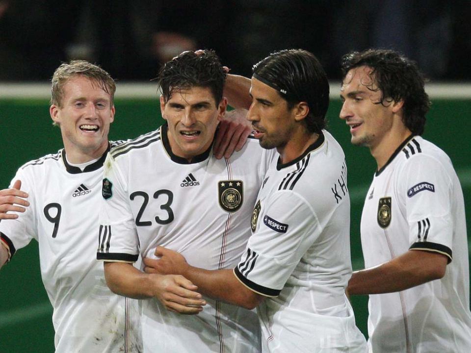 Alemanha  Mario Gómez é reforço do Wolfsburgo  92386bd2ed5fa