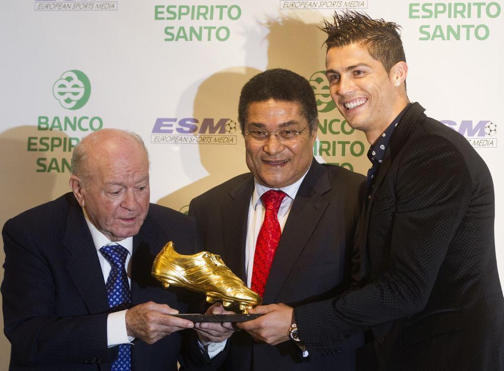 Ronaldo: «Que Eusébio não fique triste, continua lá em cima»
