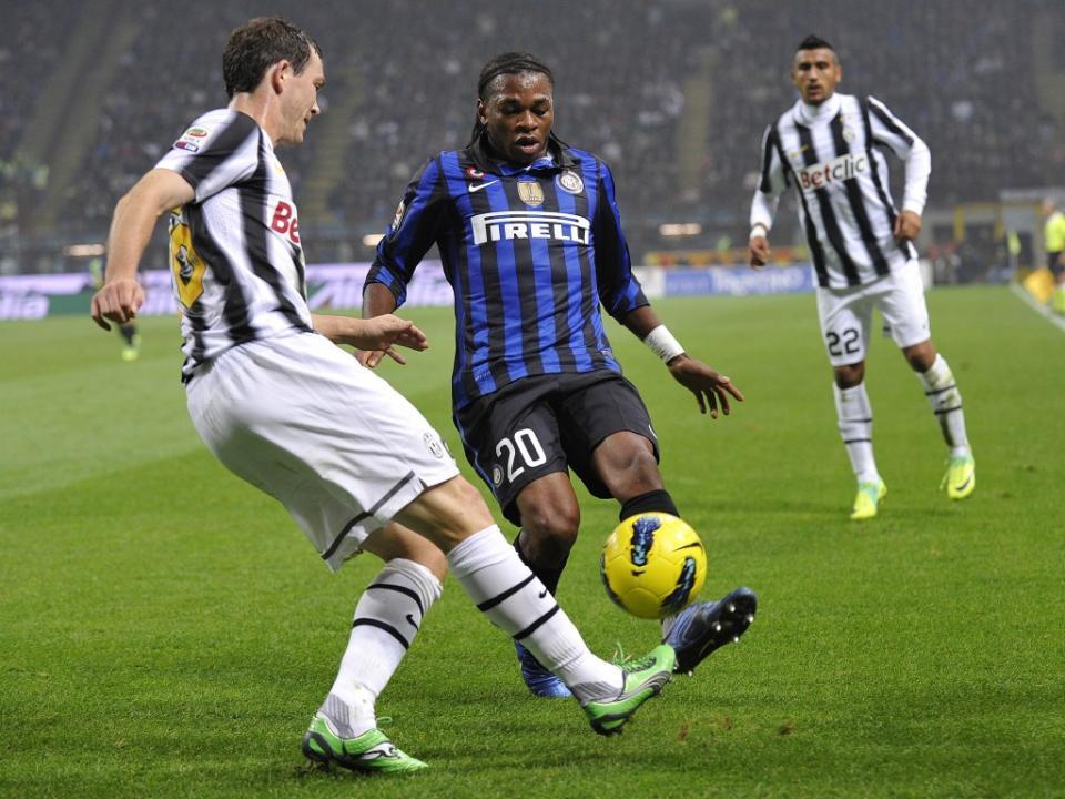 Itália: Obi troca Inter pelo Parma