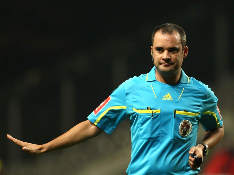 Árbitros: Marco Ferreira no Sp. Braga-Benfica