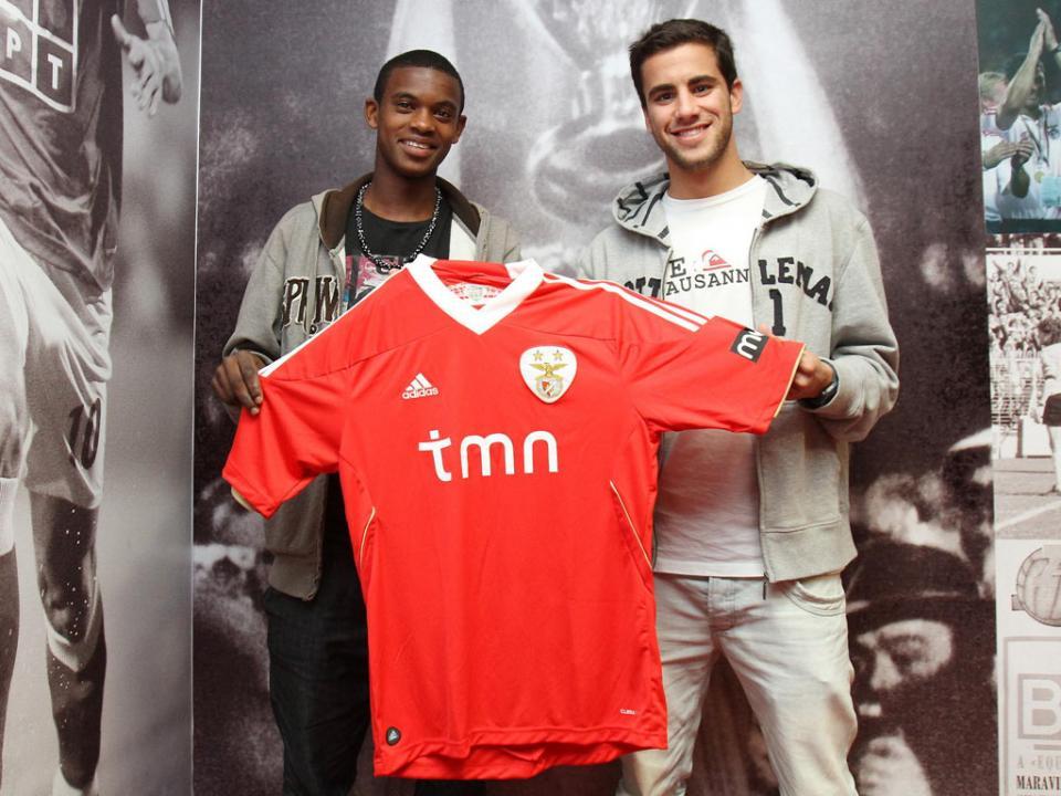 Benfica: veja quem está na equipa B e quem sobra para Rui Vitória
